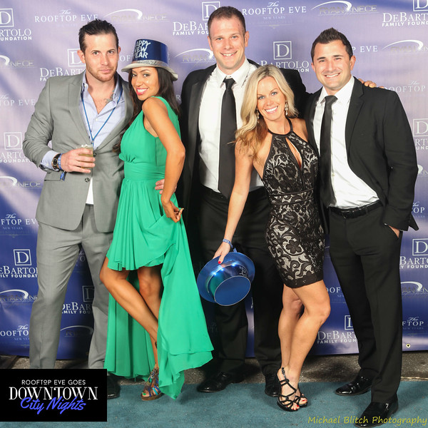 rooftop eve photo booth 2015-430