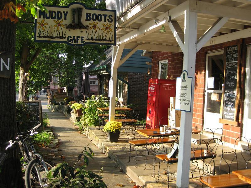 Lyn's breakfast spot in Nashville, Indiana.