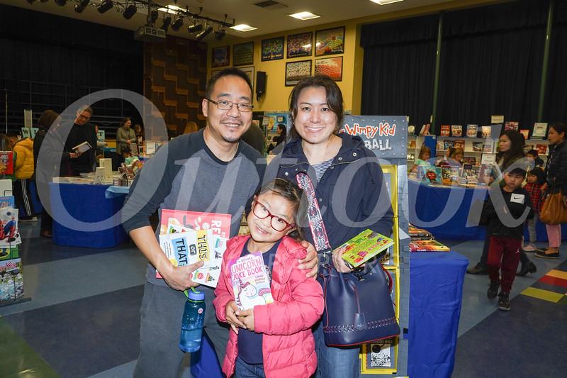 09440 Roger, Jaslyn and Pearline Lee.jpg