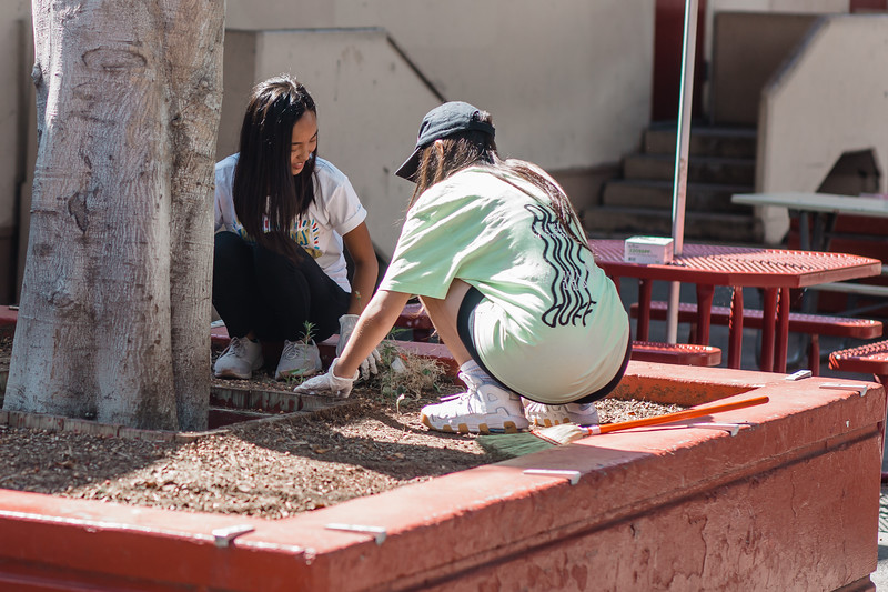2019_08_10_HollywoodHighSchool_ServeDay_FR-117.jpg
