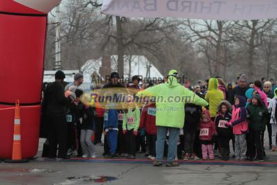 Kids 1 Mile Start - 2012 Fifth Third New Years Eve Run