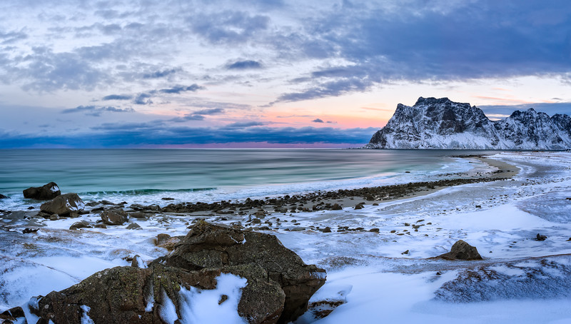 Norway_Muench_Day2_Leknes-20150116-06_01_48-Rajnish Gupta-Pano-Edit.jpg