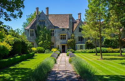 Historic Home Avebury Manor and Surrounds