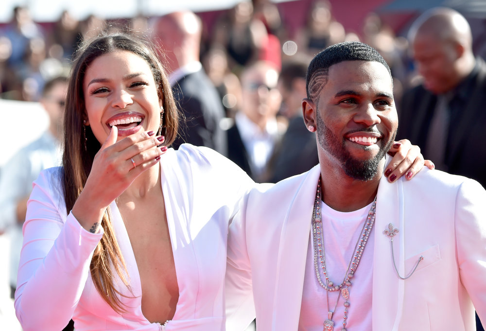 . Recording artists Jordin Sparks (L) and Jason Derulo attend the 2014 MTV Video Music Awards at The Forum on August 24, 2014 in Inglewood, California.  (Photo by Frazer Harrison/Getty Images)