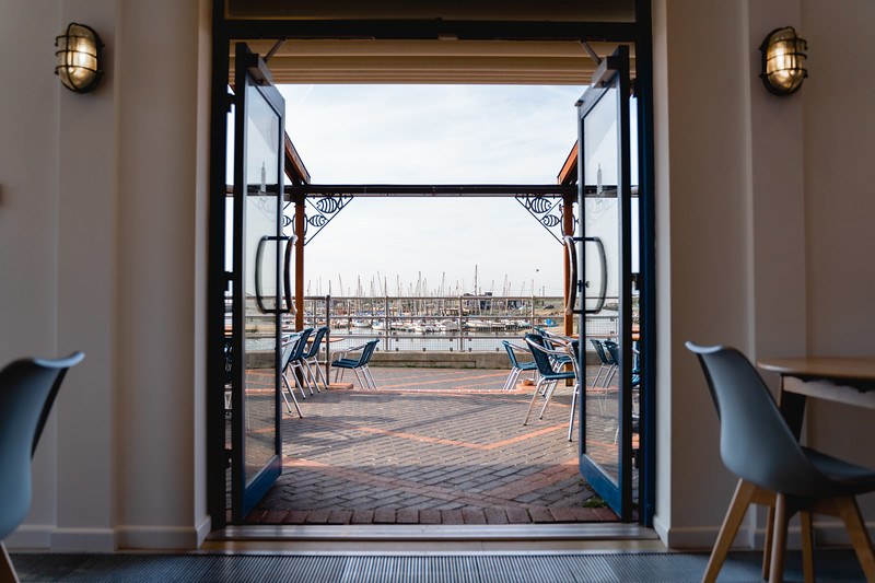 Drew_Irvine_Photography_2019_The_Harbour_Lights_Cafe_Littlehampton-7.jpg