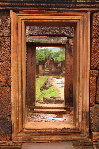 Doorways at Bantay Seray