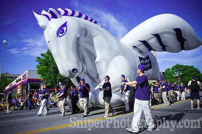 Kentucky Derby Festival Pegasus Parade 2010-6