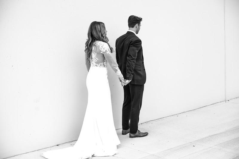 Kate&Josh_B&W_ZACH.WATHEN.PHOTOGRAPHER-193.jpg