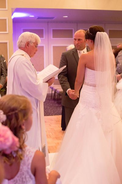 Matt & Erin Married _ ceremony (159).jpg