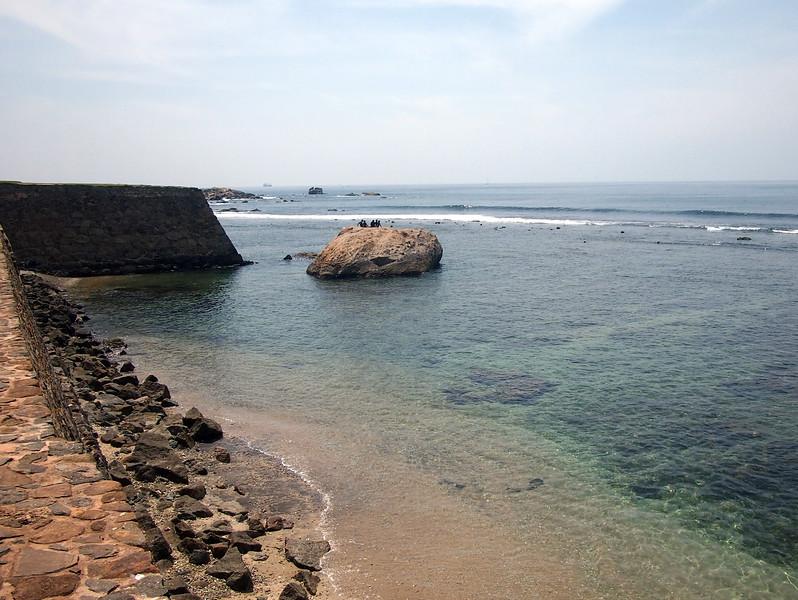 P2188710-sea-wall.JPG