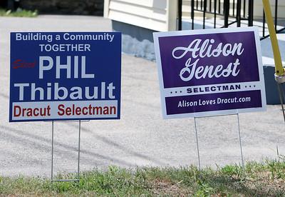 Dracut selectmen campaign signs 062020