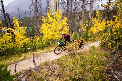 2016-09 Lake Minnewanka bikepack