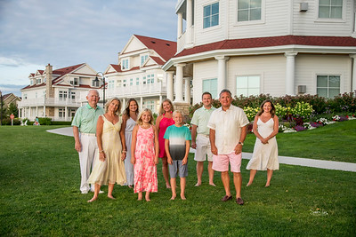 Family Photographer at the Inn at Bay Harbor - Petoskey Photographer - Naples Photographer