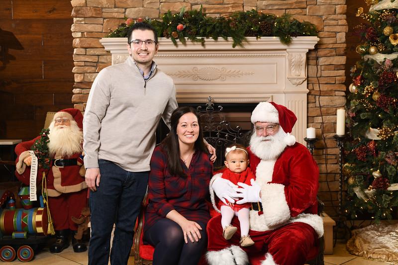 Santa2018.TylerBoye.-222.jpg