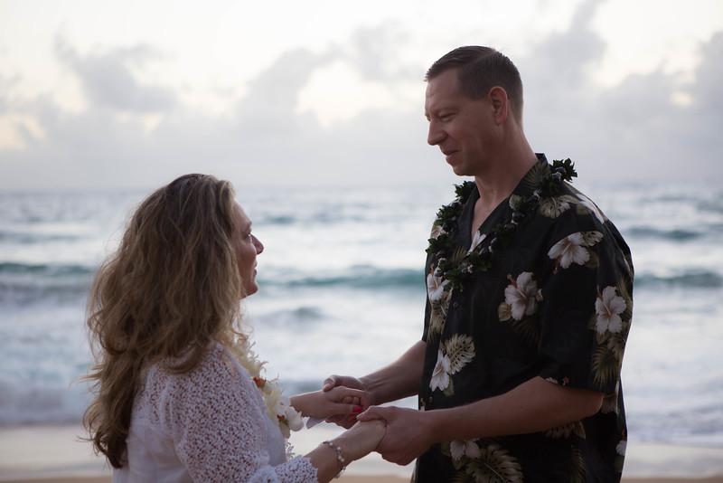 Kauai-sunrise-wedding-18.jpg