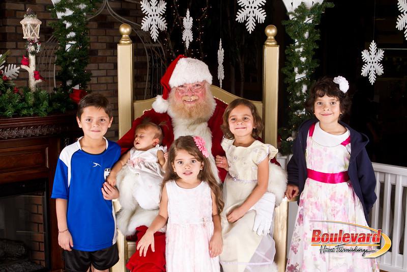 Santa Dec 8-168.jpg
