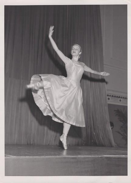 Dance_2919.jpg