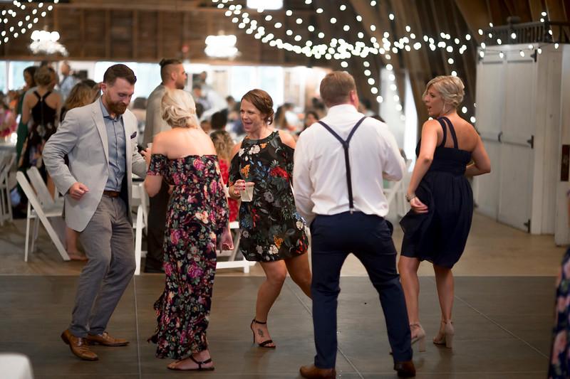 Garrett & Lisa Wedding (680).jpg