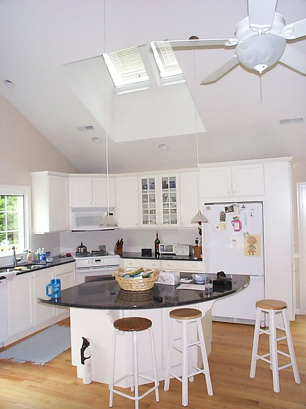 "1"" Aluminum Mini Blinds in Velux Skylight"
