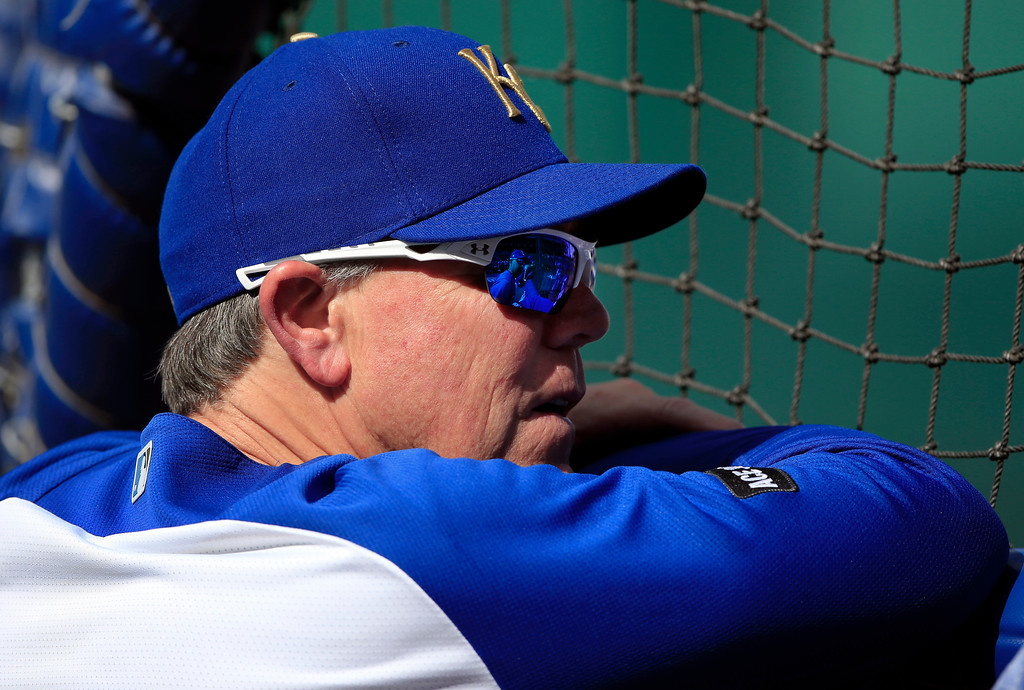. Kansas City Royals manager Ned Yost watches batting practice for the team\'s baseball game against the Cleveland Indians at Kauffman Stadium in Kansas City, Mo., Friday, June 2, 2017. (AP Photo/Orlin Wagner)