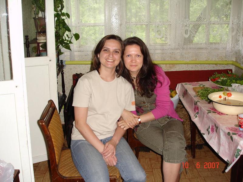 2007-06-10 У Князевых на даче 01.jpg