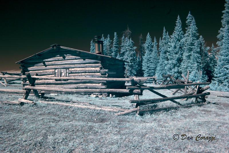 Cabin IR unprocessed 2ABB.jpg