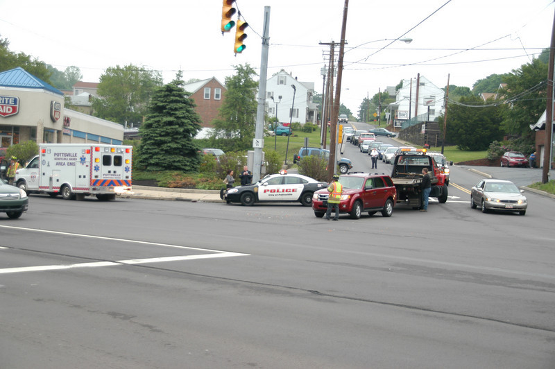 pottsville route 61 vehicle accident 5-12-2010 019.JPG