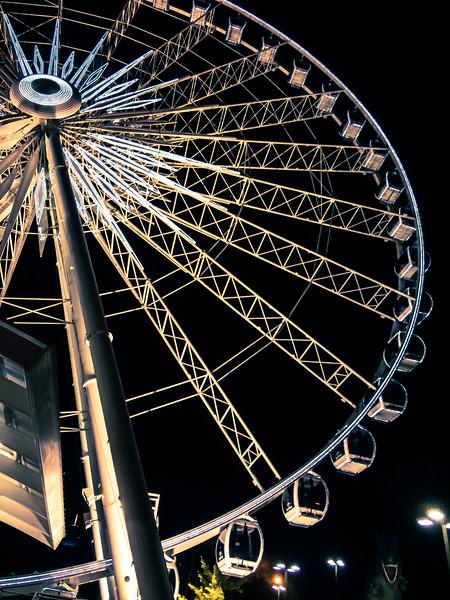 Niagara Falls Ferris Wheel.jpg