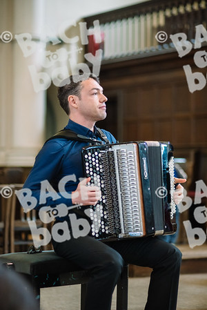 © Bach to Baby 2018_Alejandro Tamagno_Regent's Park_2018-06-23 011.jpg