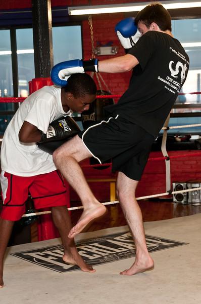 Kickboxing Class 7-28-2011_ERF5303.jpg