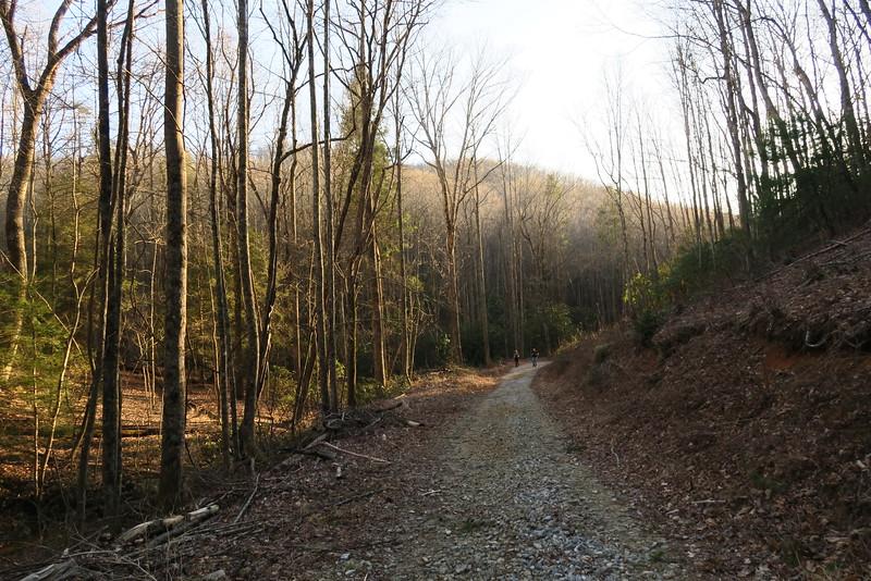 Pinnacle Falls Trailhead
