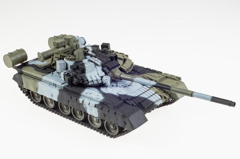 Trumpeter T-80BV 04-16-14-7-2.jpg