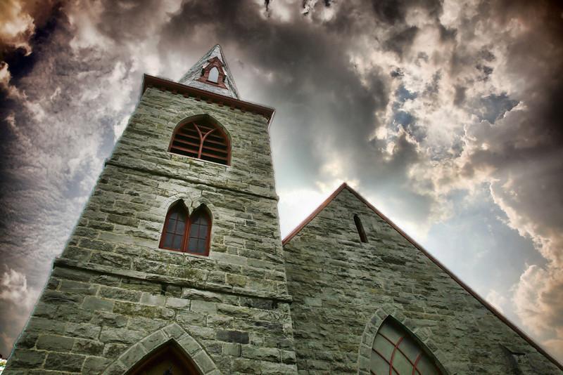 192873098_church v.2.jpg