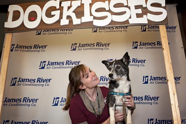 SPCA Kissingbooth