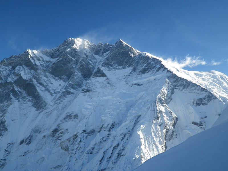 Nice view from Island Peak (20,305ft = 6.189m) towards Lhotse Shar (27,536ft = 8.393m) and Lhotse (27,940ft = 8.516m) from the right.