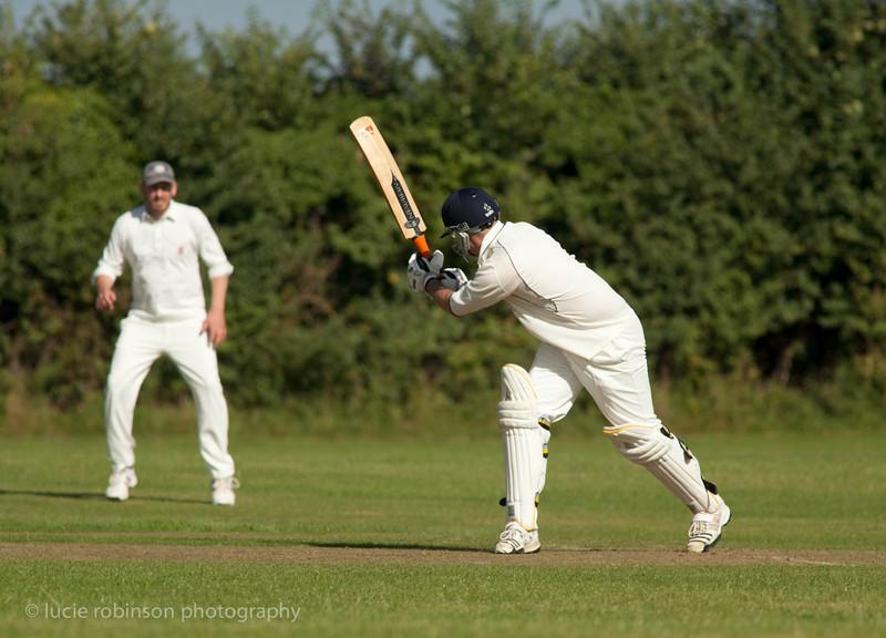 110820 - cricket - 290-2.jpg