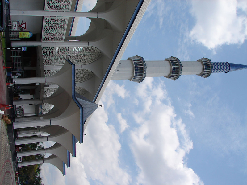 Sultan Salahuddin Abdul Aziz Mosque, known as The Blue Mosque in Shah Alam Malaysia (37).JPG