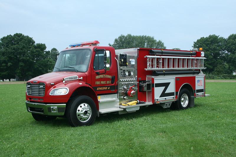 PROPHETSTOWN FPD,IL ENGINE 4 FREIGHTLINER / TOYNE  MONROE FIRE SCHOOL,WI