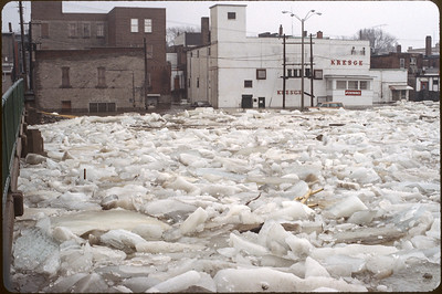 1981 Belleville flooding by Lloyd Lantz