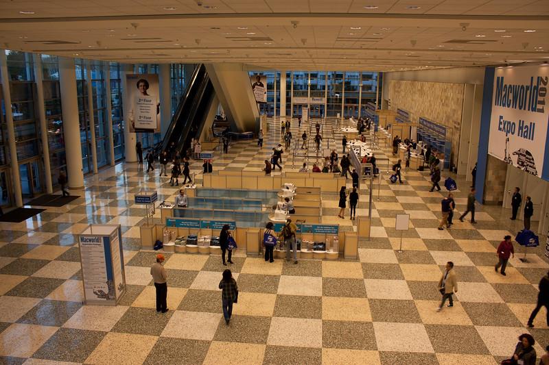 Lobby - 1.jpg