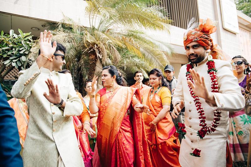 Poojan + Aneri - Wedding Day EOSR Card 1-1111.jpg
