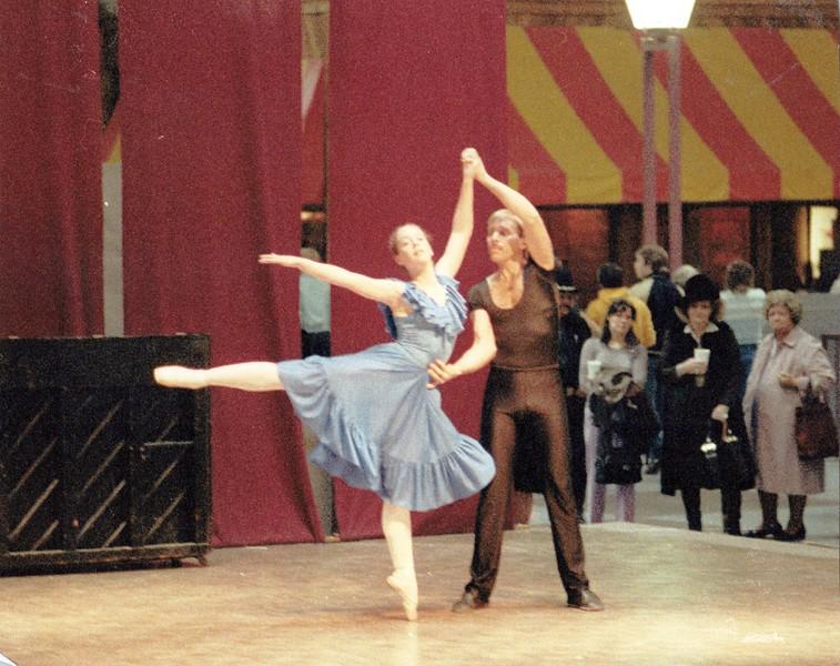 Dance_0878_a.jpg