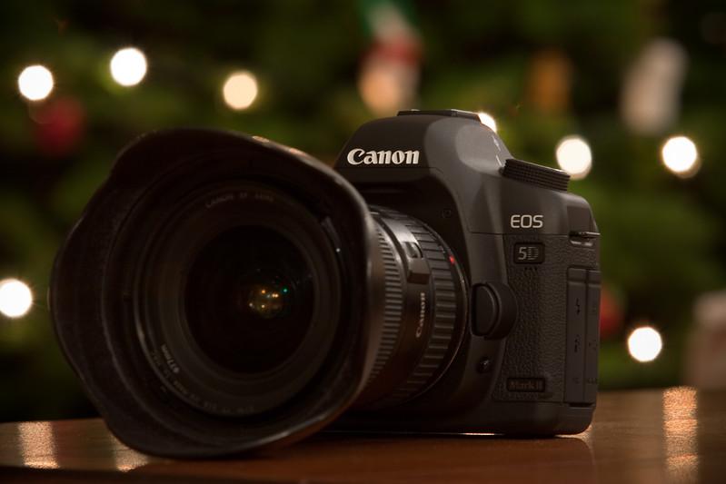 2008: Canon EOS 5D Mark II