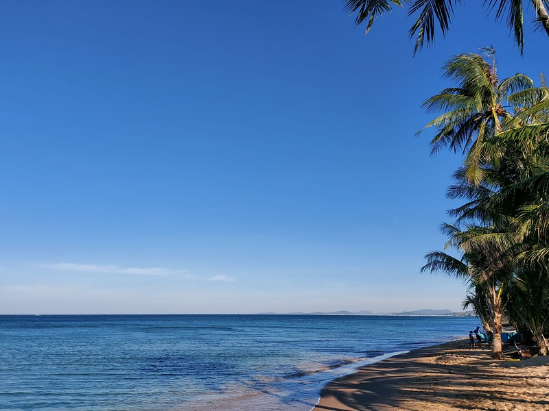 20210112_081523-morning-on-long-beach.jpg