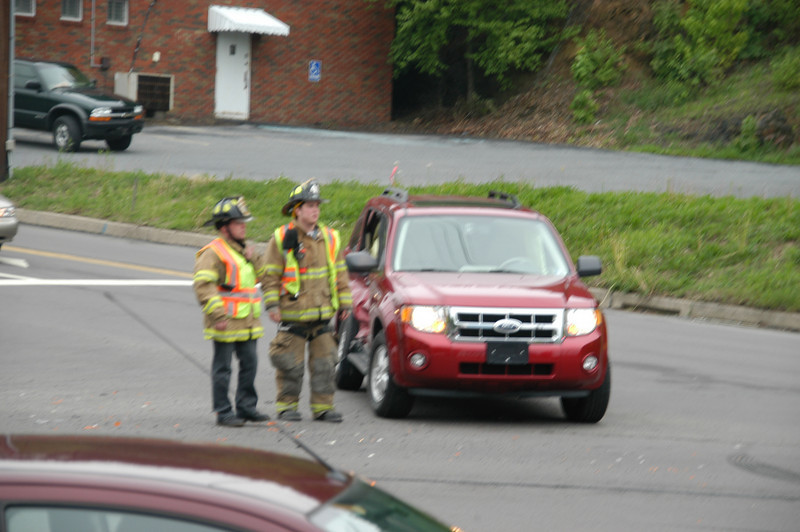 pottsville route 61 vehicle accident 5-12-2010 013.JPG