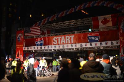 Start, Gallery 4 - 2013 Detroit Free Press Marathon