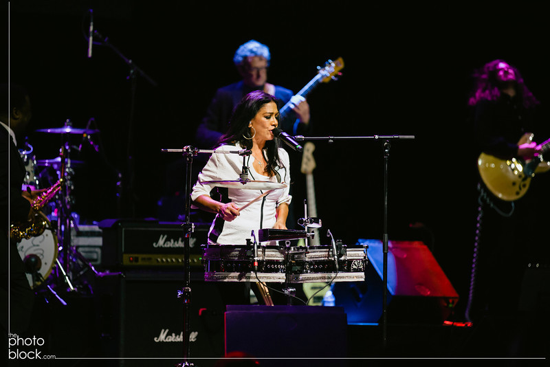 20140208_20140208_Elevate-Oakland-1st-Benefit-Concert-826_Edit_pb.JPG