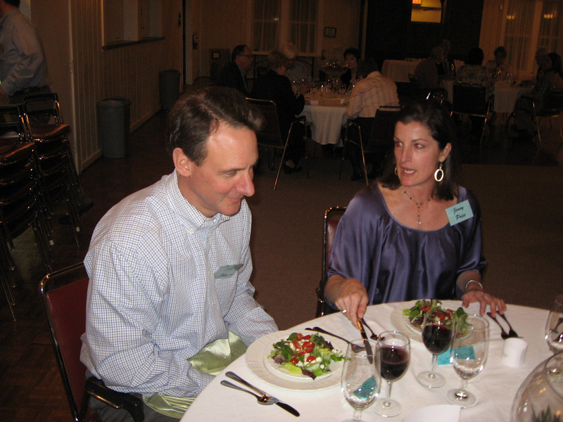 Newcomers Dinner 2011 076.jpg