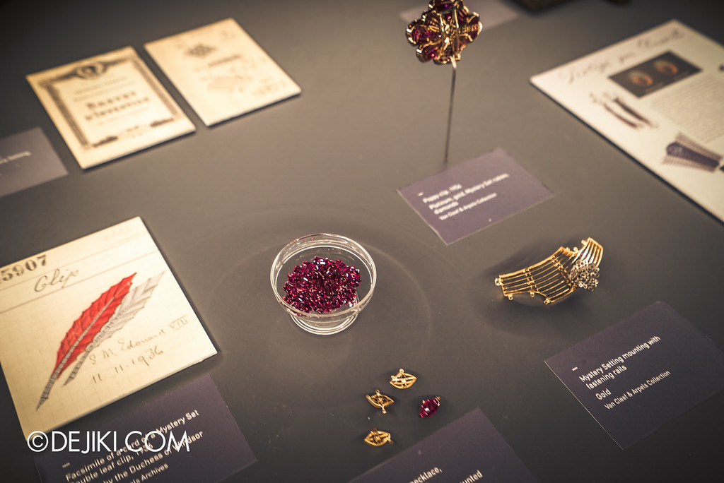 Van Cleef & Arpels: The Art and Science of Gems / Mystery setting