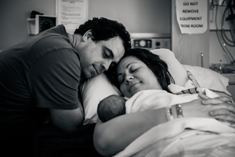 Alana, Blair and baby Logan BIRTH-239.jpg